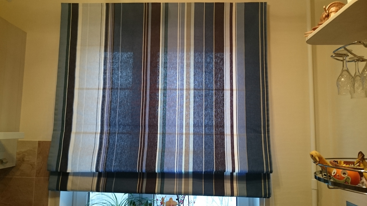 Фото римская штора - полосатый хлопок