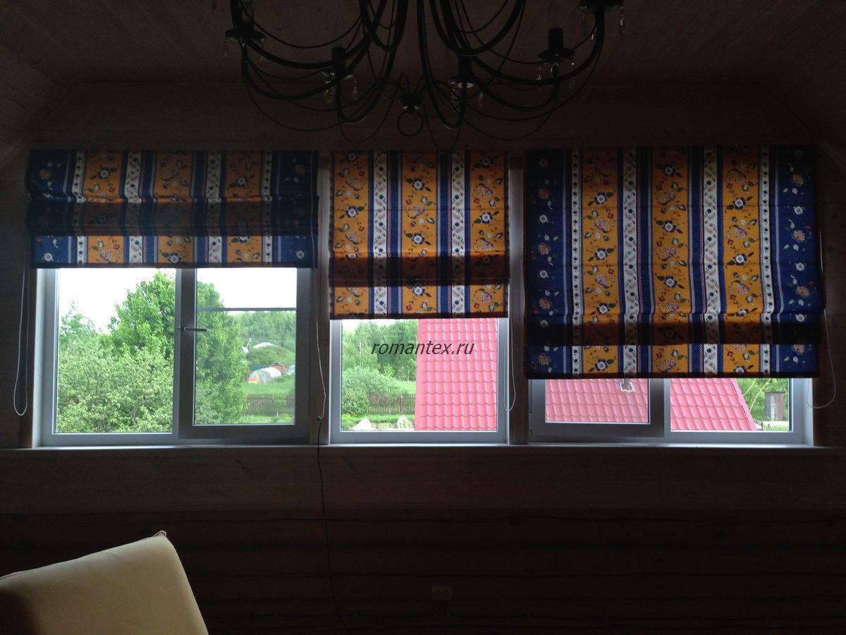 Фото Римская штора украшает дом