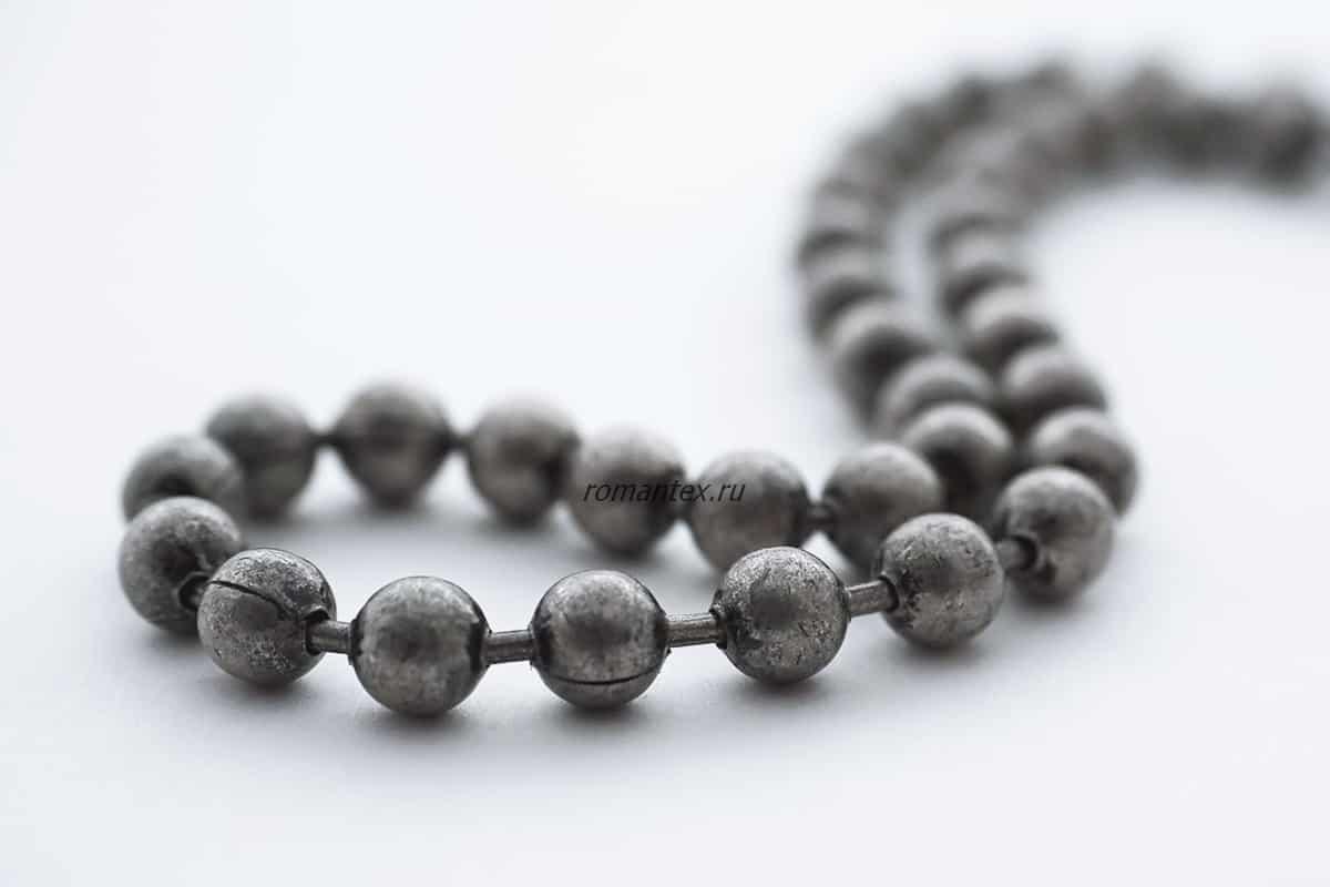 Фото цепь серый никель из шариков